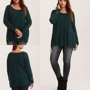Gorgeous dark emerald green torrid sweater